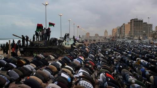 Libia, l'accordo Minniti/Serraj è un fallimento: sbarchi immigrati +46%